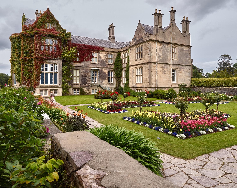 muckross-house-and-gardens-ireland